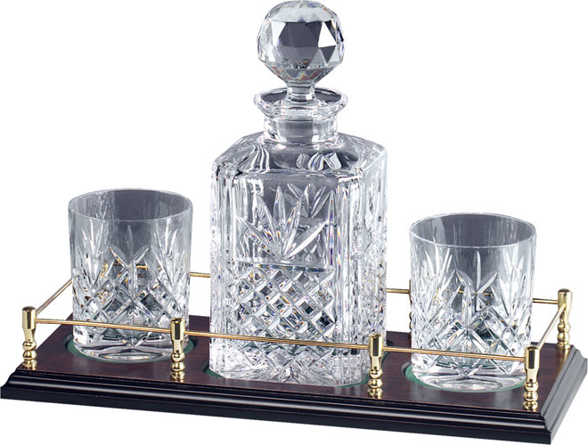 Spirit Decanter and 4 glasses on tray