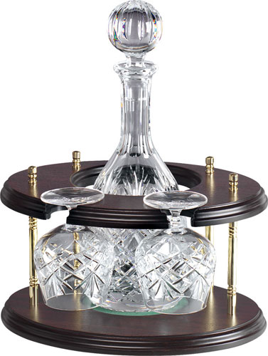DECANTER AND 2 GLASSES ON STAND