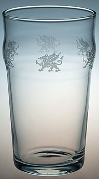 WELSH DRAGON CLASSIC PINT BEER GLASS