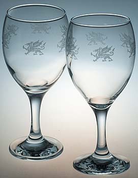 PAIR OF WELSH DRAGON WINE GLASSES
